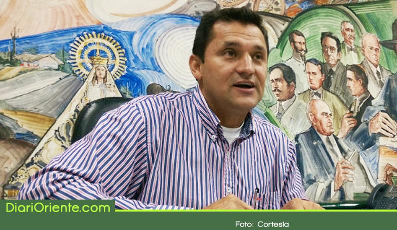 Photo of Procuraduría confirma la sanción contra ex alcalde de Rionegro Hernán Ospina