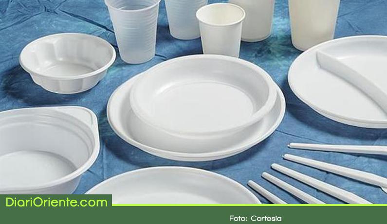 Photo of Plásticos de un solo uso quedarían prohibidos en la Gobernación de Antioquia