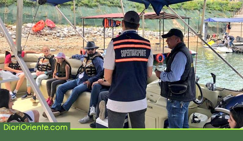 Photo of Superintendencia de Transporte realizó operativo de seguridad al transporte fluvial de Guatapé