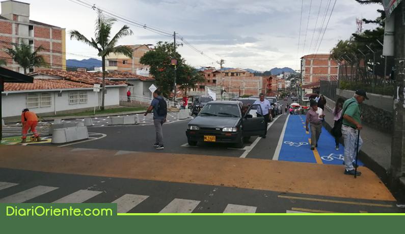 Photo of Usuarios del hospital de Rionegro manifiestan inconformidad con las obras de demarcación en el sector