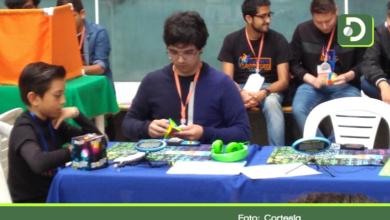 Photo of Joven rionegrero impone nuevo récord nacional en torneo de Cubo de Rubik