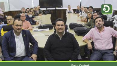 Photo of Alcaldes del Oriente, piden al gobierno el no cobro de servicios públicos.