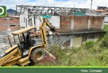 Photo of Una casa que servía para el expendio de drogas fue demolida en Sonsón