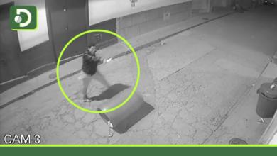 Photo of Video: en plena vía pública de Abejorral, un joven intentó agredir a su expareja y la persiguió con arma blanca