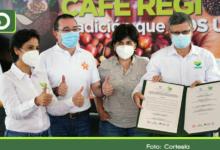 Photo of Antioquia: Sena firma convenio para impulsar la formación en café en el departamento